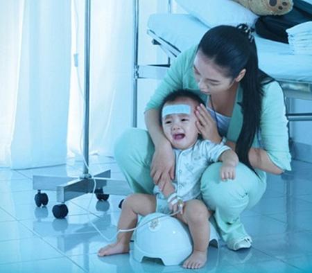 Mùa đông xuân: Đề phòng bệnh tiêu chảy do Rotavirus ở trẻ