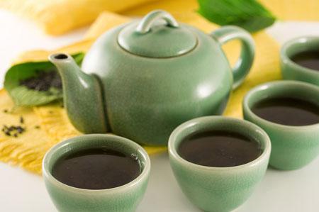 Thưởng thức trà xanh đúng điệu