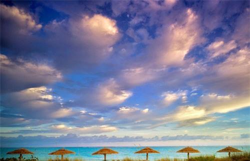 10 bãi biển đẹp tựa thiên đường trên thế giới - Ảnh 2