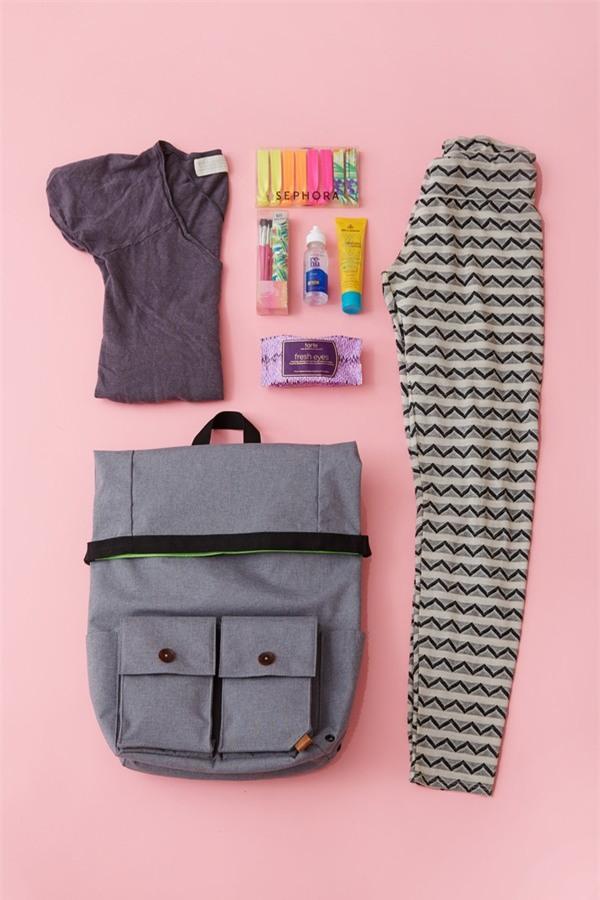 8 mẹo giúp bạn sắp xếp trang phục du lịch nhanh-gọn-nhẹ - Ảnh 13