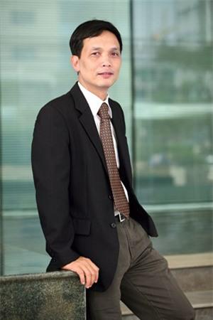 Cựu TGĐ FPT: Thành doanh nhân, dễ