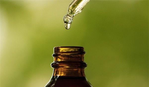Tự chế dầu gội khô và gel dưỡng tóc - Ảnh 2