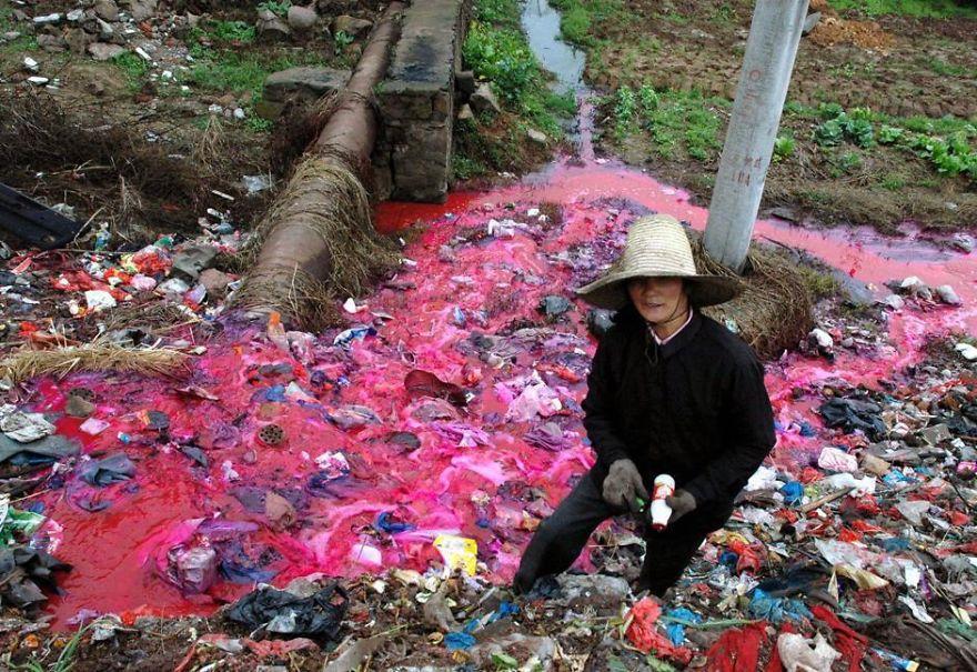 Sốc với những hình ảnh ô nhiễm môi trường ở Trung Quốc - Ảnh 8