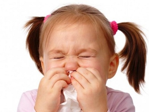 Trẻ bị ho, chớ vội dùng kháng sinh