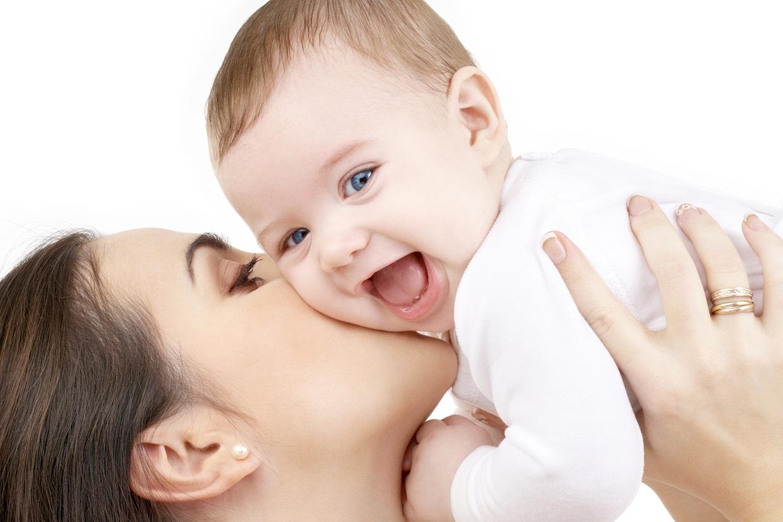 Gợi ý những bài tập thể dục cho bé sơ sinh