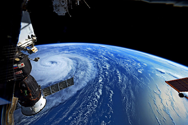 Kinh ngạc với ảnh chụp siêu bão Noru mạnh nhất năm 2017 từ ngoài không gian