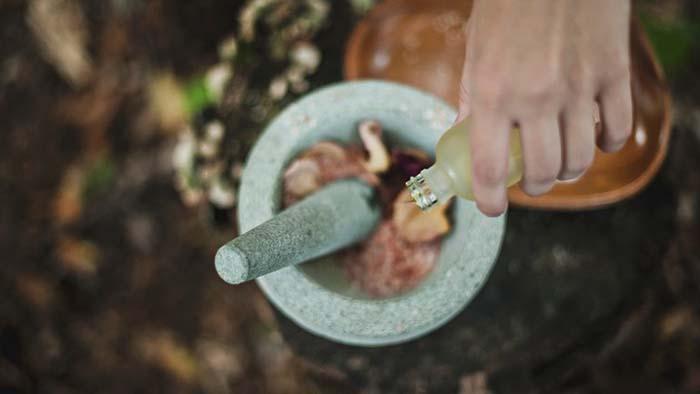 Bị dị ứng theo mùa có nên dùng tinh dầu?