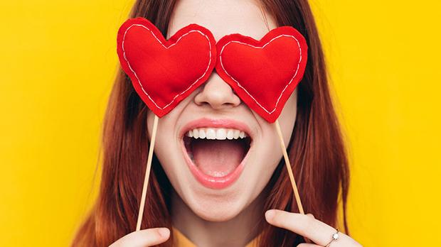 Tử vi thứ Tư (16/5/2018): Thiên Bình liệu có quá mù quáng trong tình yêu?