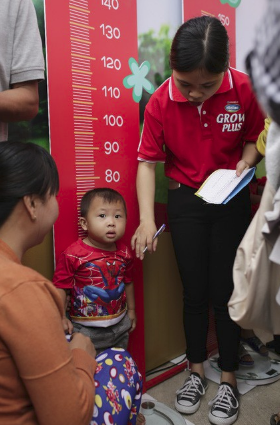 Vinamilk chung tay cùng hội nhi khoa khởi động chương trình cho trẻ suy dinh dưỡng, thấp còi - Ảnh 8
