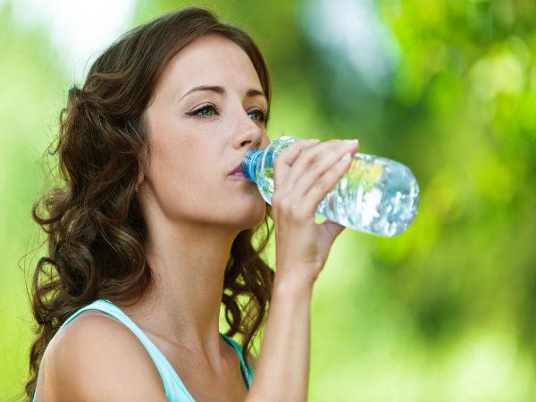 Vì sao nhiều người bị nhiễm trùng đường tiết niệu trong mùa Hè?  - Ảnh 1